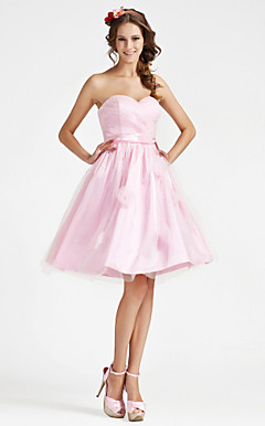 A-line Strapless Sweetheart Knee-length Stretch Satin Bridesmaid Dress