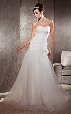 Trumpet/Mermaid Sweetheart Chapel Train Organza Floral Wedding Dress