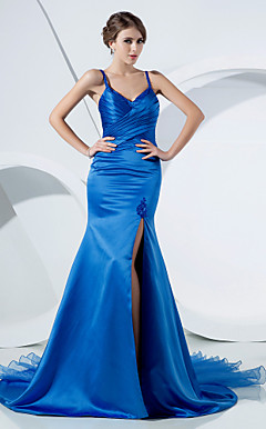 Trumpet/Mermaid Spaghetti Straps Court Train Satin Evening Dress