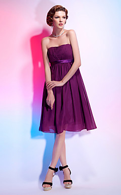 A-line Strapless Knee-length Chiffon Over Stretch Satin Cocktail Dress