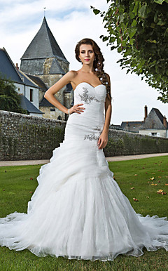 Trumpet/ Mermaid Sweetheart Chapel Train Organza Wedding Dress