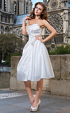 A-line Strapless Knee-length Taffeta Wedding Dress