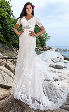 Sheath/Column V-neck Chapel Train Lace Wedding Dress