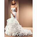 Trumpet/Mermaid Sweetheart Chapel Train Wedding Dress With Removable Straps